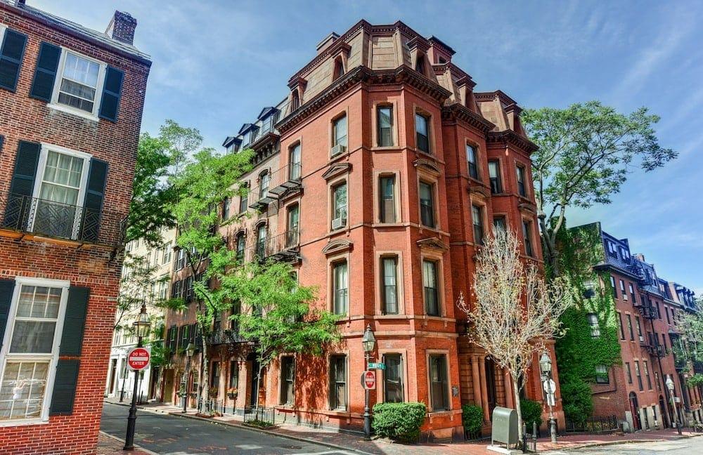 Project 2 - Predicting Boston Housing Prices
